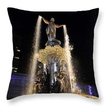 Fx9u-1250 Tyler Davidson Fountain Photo Throw Pillow