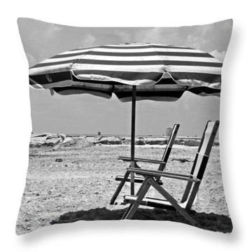 Umbrella Shade Throw Pillow