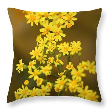 Unknown Flower Throw Pillow