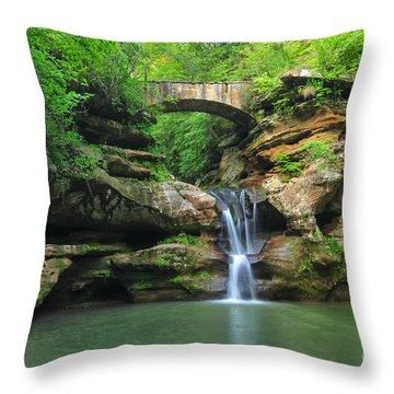 D10a-113 Upper Falls At Old Mans Cave Hocking Hills Photo Throw Pillow