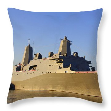 Uss New York - Lpd21 Throw Pillow