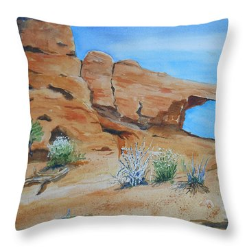 Utah - Arches National Park Throw Pillow