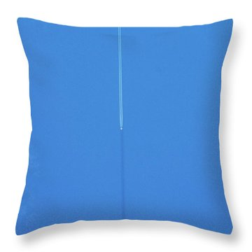 Vapor Trail In Sky Over United Kingdom Throw Pillow