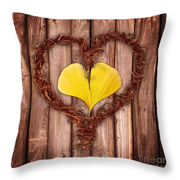Vegetal Hearts Throw Pillow