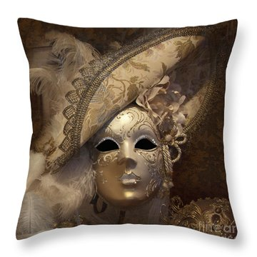 Venetian Face Mask F Throw Pillow