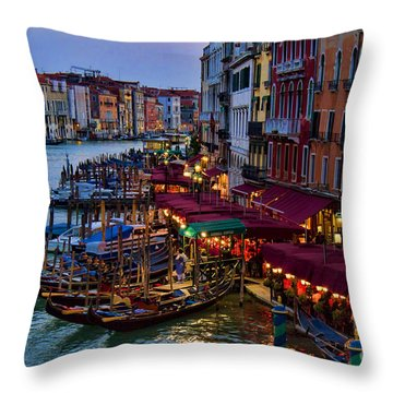 Venetian Grand Canal At Dusk Throw Pillow by David Smith