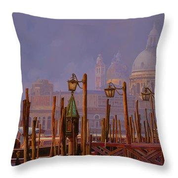 Venezia E La Nebbia Throw Pillow