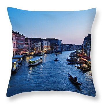 Venezia - Il Gran Canale Throw Pillow