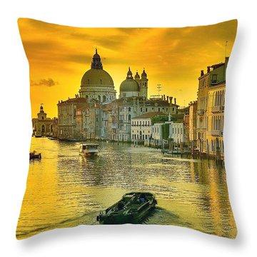 Golden Venice 3 Hdr - Italy Throw Pillow