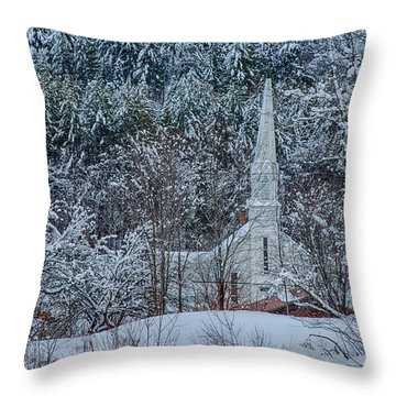 Vermont Church In Snow Throw Pillow