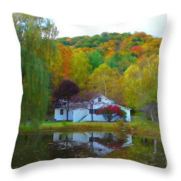 Vermont House In Full Autumn Throw Pillow