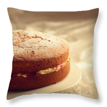 Victoria Sponge Cake Throw Pillow