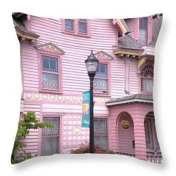 Victorian Pink House - Milford Delaware Throw Pillow