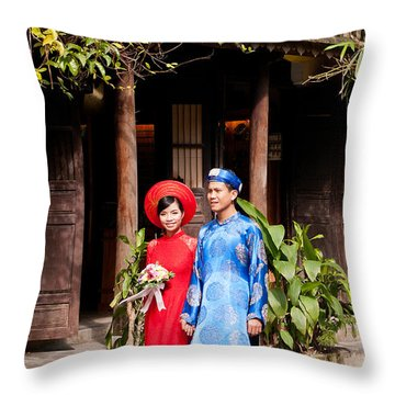 Vietnamese Wedding Couple 01 Throw Pillow