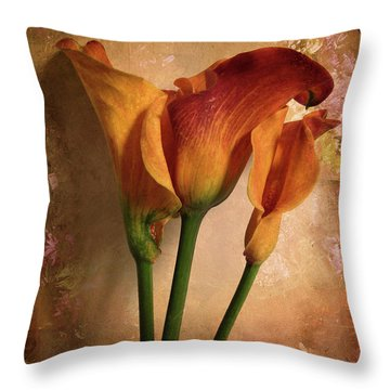 Vintage Calla Lily Throw Pillow