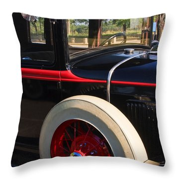 Throw Pillow featuring the photograph Vintage Car by Susan Leonard