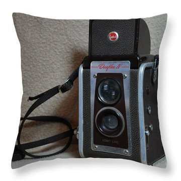 Vintage Duaflex Iv Camera Throw Pillow