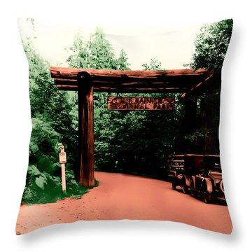 Vintage Mt.rainier National Park Entrance Early 1900 Era... Throw Pillow