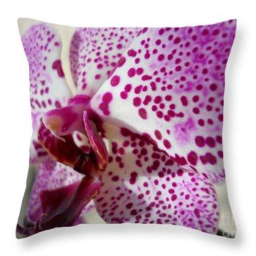 Throw Pillow featuring the photograph Violet Beauty by Ramona Matei