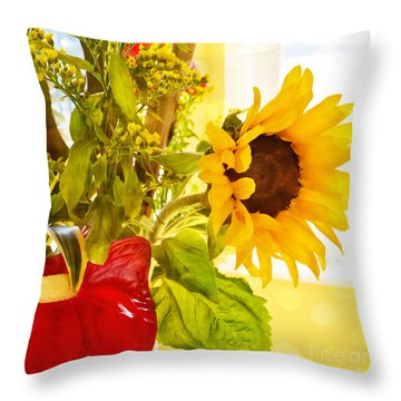 Vivid Cheery Sunflower Bouquet Throw Pillow