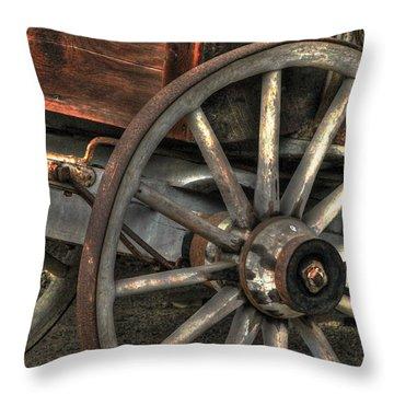 Wagonwheel Throw Pillow