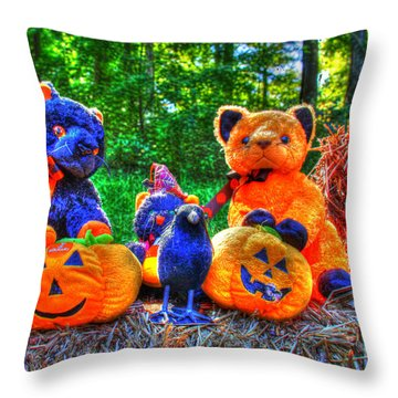 Waiting For The Great Pumpkin 01 Grunge Throw Pillow by Andy Lawless