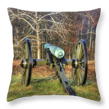 War Thunder - 1st New York Light Artillery-a1 Battery D The Wheatfield Gettysburg Throw Pillow