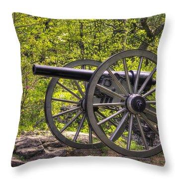 War Thunder - 5th United States Artillery Hazletts Battery - Little Round Top Gettysburg Spring Throw Pillow