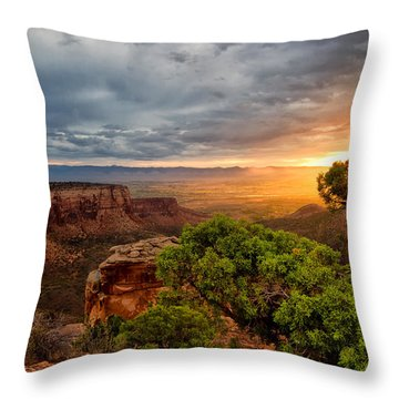 Warm Glow On The Monument Throw Pillow