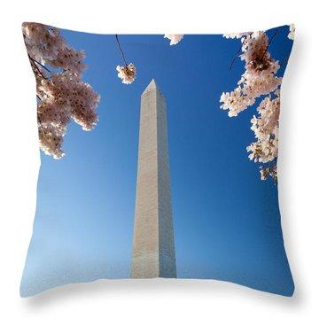 Washington Monument Throw Pillow by Inge Johnsson
