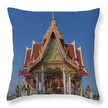 Wat Bukkhalo Central Roof-top Pavilion Dthb1809 Throw Pillow