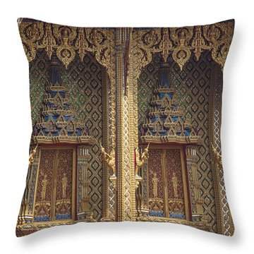 Wat Thung Setthi Ubosot Window Dthb1550 Throw Pillow