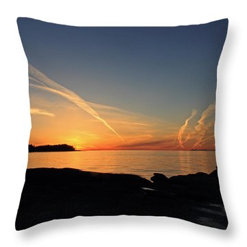 Watching The Sun Go Down Throw Pillow by Randy Hall