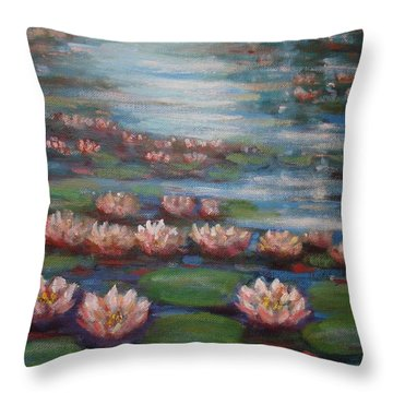 Water Lilies In Monet Garden Throw Pillow