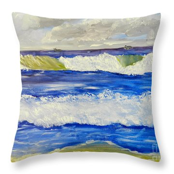 Wave At Bulli Beach Throw Pillow