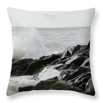 Wave On Rocks Throw Pillow