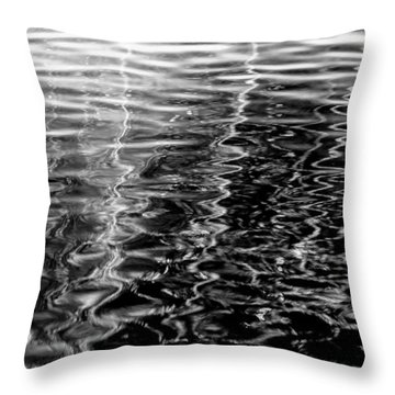 Wavy Throw Pillow by Edgar Laureano