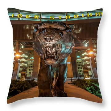 Welcome To The Jungle 2 Throw Pillow