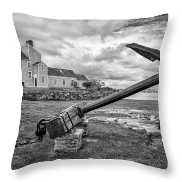 Wentworth - Coolidge Mansion Throw Pillow