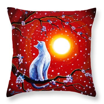 White Cat In Bright Sunset Throw Pillow