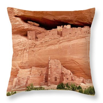 White House Ruins Canyon De Chelly Throw Pillow