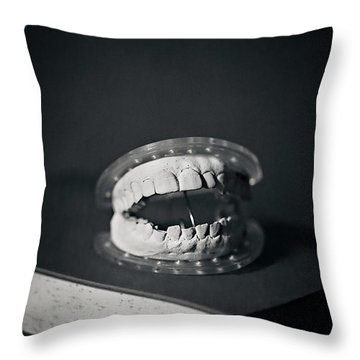 Throw Pillow featuring the photograph Whose Teeth Are These? by Trish Mistric