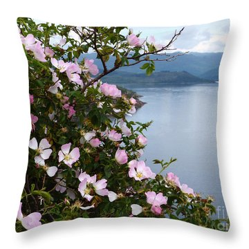 Wild Roses - West Highlands Throw Pillow