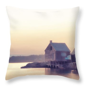 Throw Pillow featuring the photograph Willard Beach Sunrise by Richard Bean