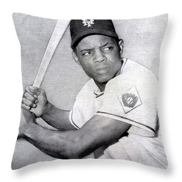 Willie Mays  Poster Throw Pillow