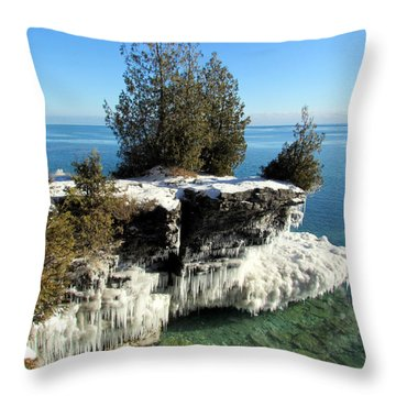 Winter At Cave Point Throw Pillow
