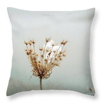 Winter Impressions Ic Throw Pillow