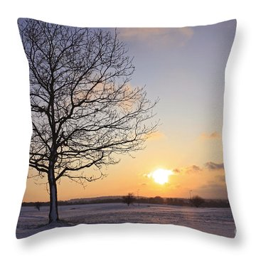 Winter Sunset Uk Throw Pillow