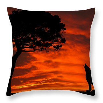 Wolf Calling For Mate Sunset Silhouette Series Throw Pillow