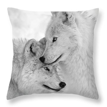 Wolf Love Black And White Throw Pillow